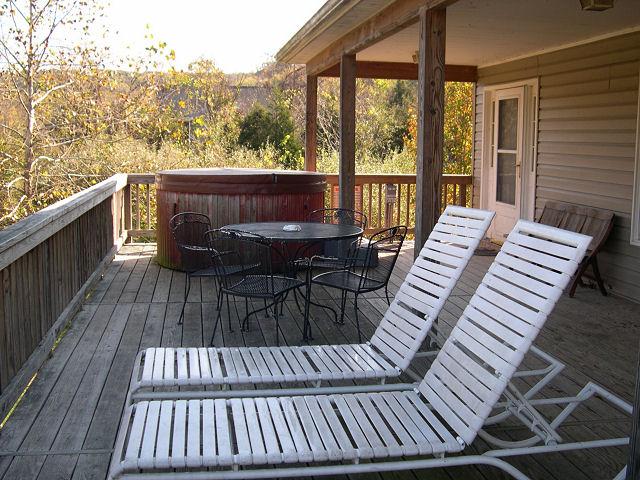 The river house cabin rental luray va luray va cabin for Cabin rentals near luray va
